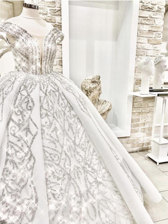 Fausta Felicitas Prestige Mall 1.Katta Hizmetinizde